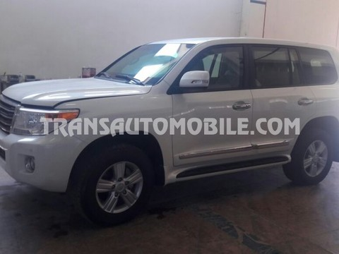 Toyota Land Cruiser 200 V8 Station Wagon Gasolina EXR Blindado B6  (2014)