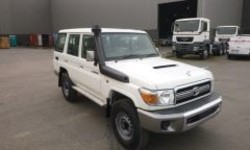 Best price - Toyota Land Cruiser 76 Station Wagon  RHD