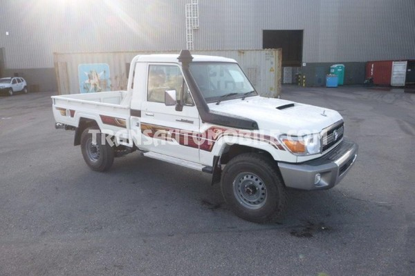 Toyota land cruiser 79 pick-up v8 4.5l turbo diesel rhd