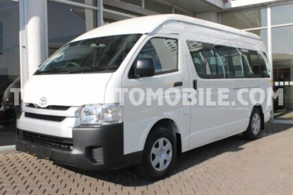 Toyota hiace high roof / toit haut 2.5l turbo diesel rhd 16 seats