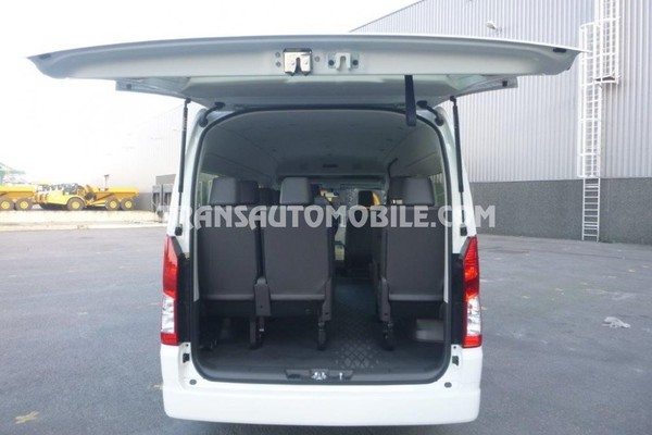 Toyota hiace high roof / toit haut 3.5l essence