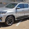 Toyota Hilux / Revo Pick up double cabin Gasolina  FULL OPTION  (2020) RHD