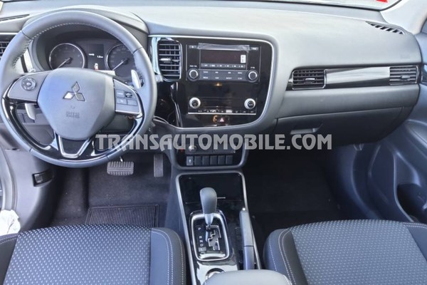 Mitsubishi outlander  4wd 2.5l essence automatique