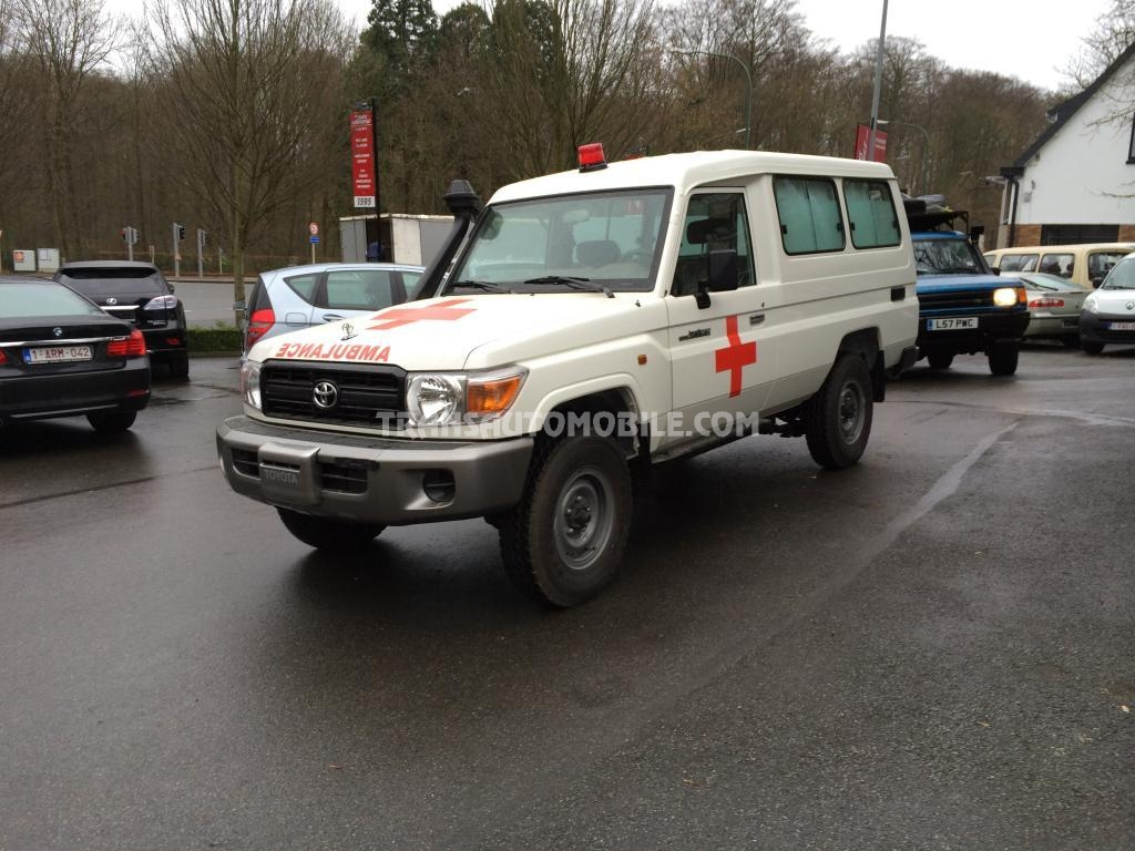 Import / export Toyota Toyota Land Cruiser 78 Metal top Diesel HZJ 78 Ambulance PACK PLUS  (2018) - Afrique Achat
