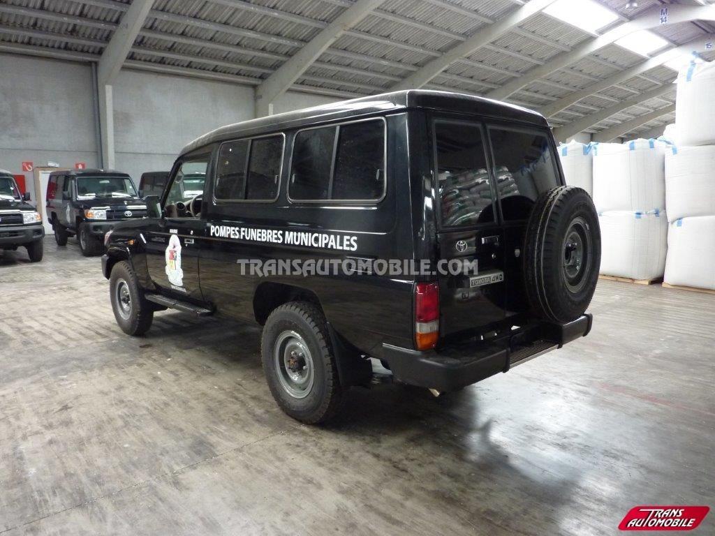 Toyota Land Cruiser 78 Metal top Diesel HZJ 78 Hearse