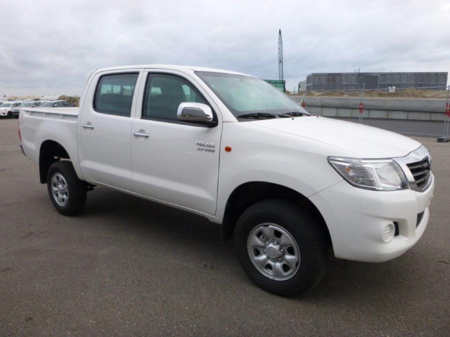 Export TOYOTA Hilux / Vigo Pick Up 4x4 Pick up Double cabine 2.7L ESSENCE/PETROL BLINDÉ/ARMOURED BR6