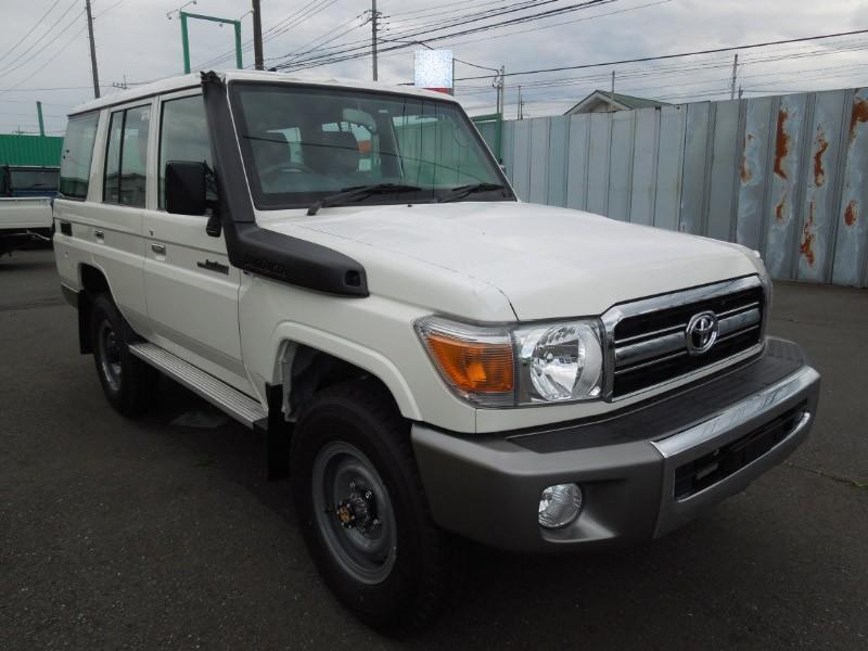 Export TOYOTA Land Cruiser  76 Station Wagon 4.2L HZJ 76
