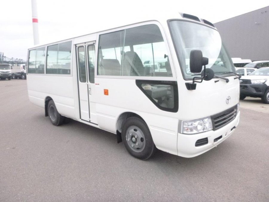 Export TOYOTA Coaster Bus 26 SEATS  3.7L L DIESEL BASE  Base