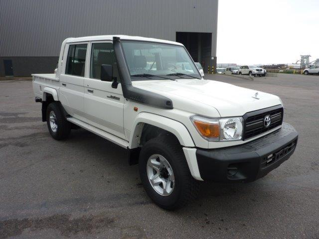 TOYOTA Land Cruiser Pick Up 4x4 79 Pick up 4.2L HZJ 79 DOUBLE CABIN ABS-AB LTD  HZJ 79 Double cabin