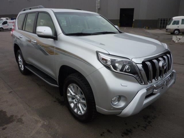 Export TOYOTA Land Cruiser 4x4 Prado 150 3.0L TURBO DIESEL VX8 SAFARI
