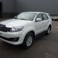 TOYOTA Fortuner 4x4  2.7L Petrol / essence SR5 Premium manual