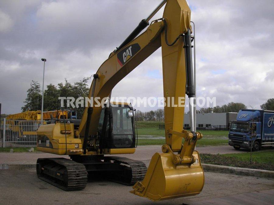 Import / export Caterpillar  320 D Diesel Automatique