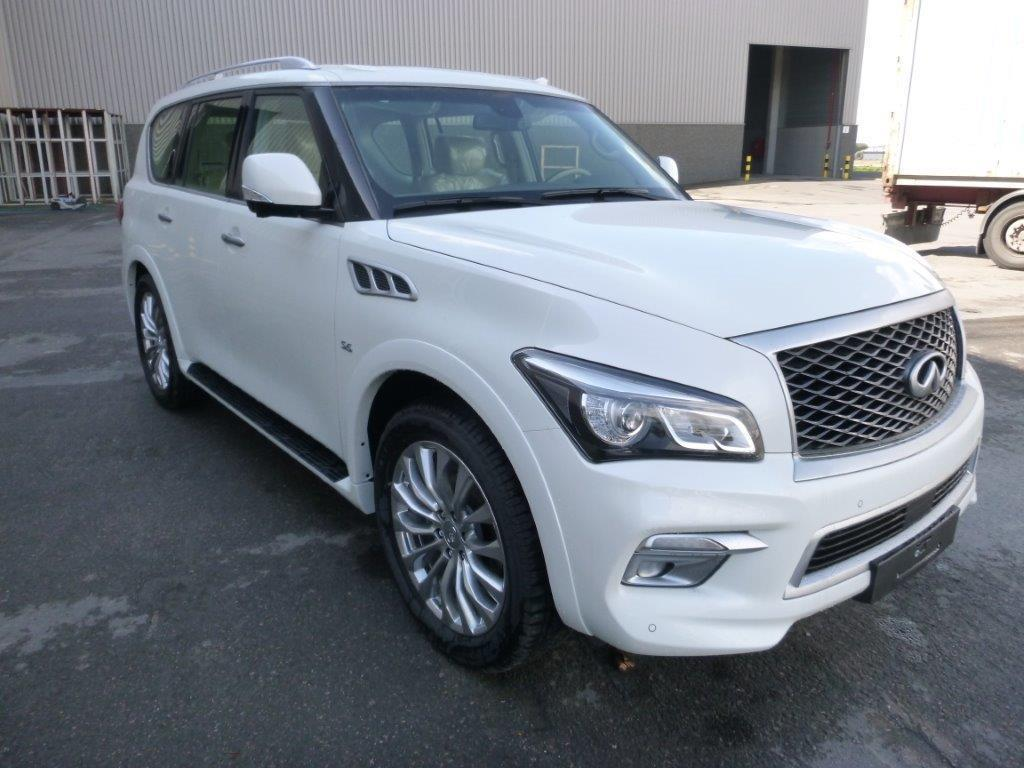 INFINITI QX80 4x4 LUXURY