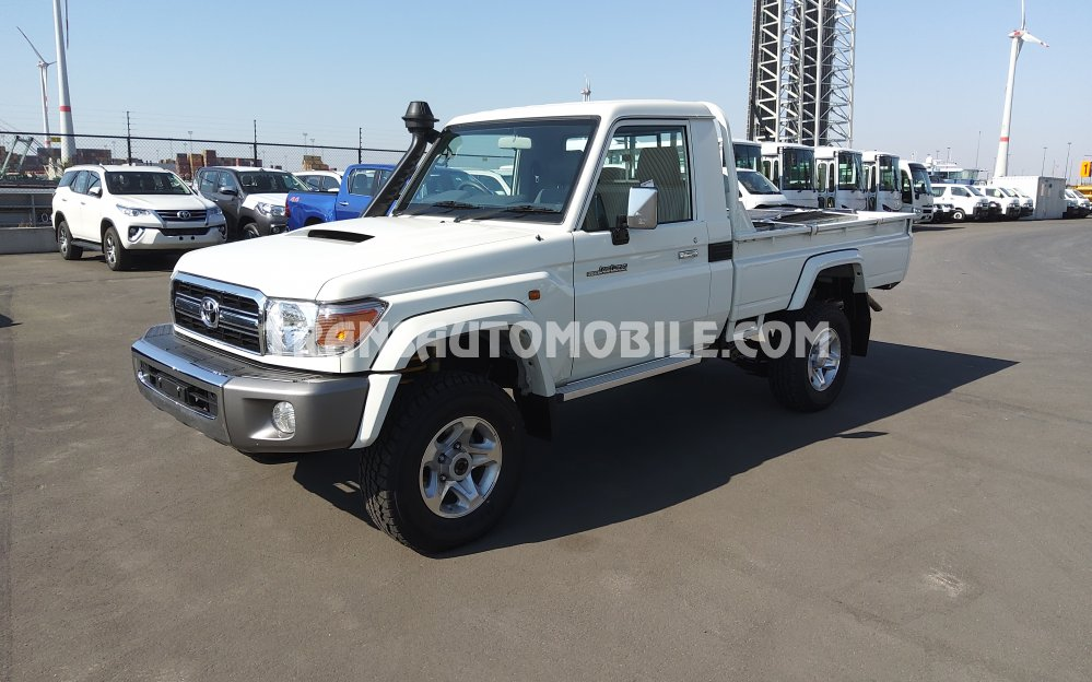 Toyota Land Cruiser 79 Pick up Turbo Diesel V8  RHD