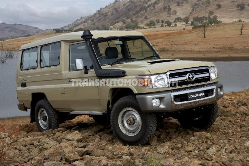 Import / export Toyota Toyota Land Cruiser 78 Metal top Turbo Diesel   - Afrique Achat