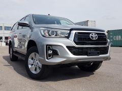 Toyota Hilux / Revo Pick up double cabin Turbo Diesel E  RHD