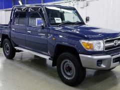 Toyota Land Cruiser 79 Pick up Benzine  - RHD