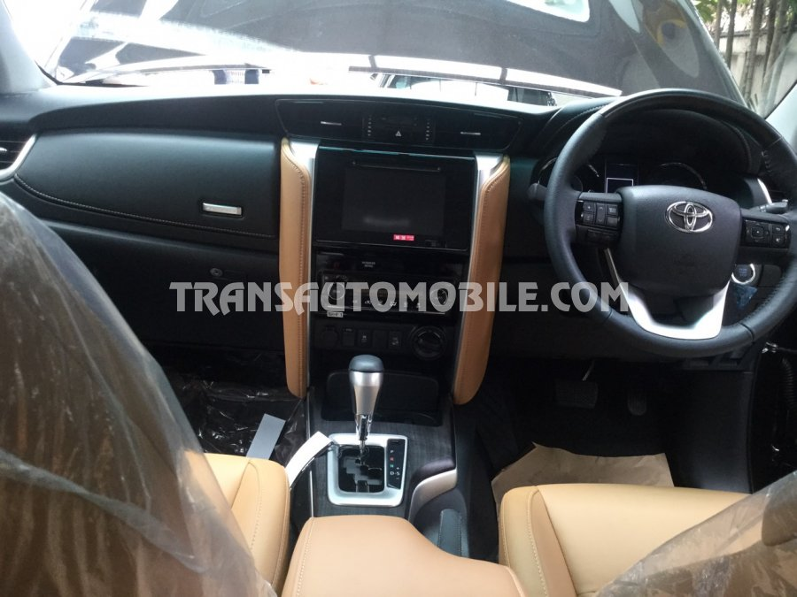 Toyota Fortuner - 4x4 Brand new ref:1781 | Transauto be
