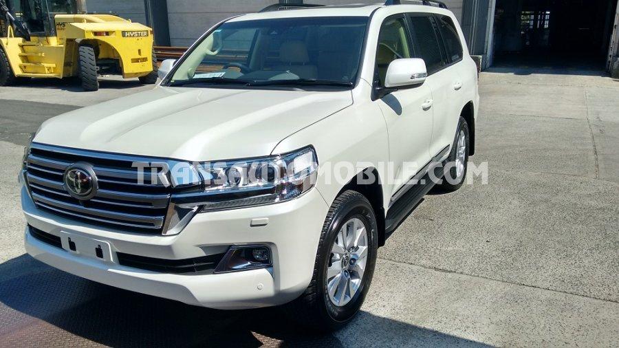Price Toyota Land Cruiser 200 V8 Station Wagon Turbo ...