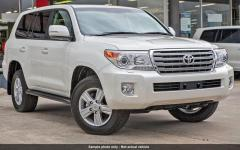 Toyota Land Cruiser 200 V8 Station Wagon VX  RHD Nuevo