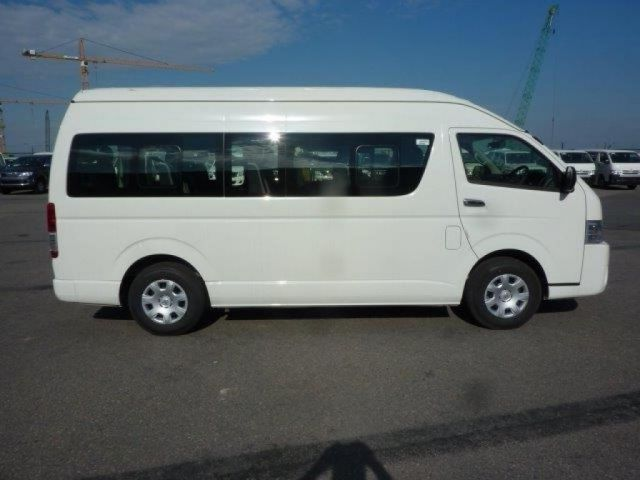 Export TOYOTA Hiace Minibus  2.5L D4D High roof long wheelbase High Roof Long Wheelbase