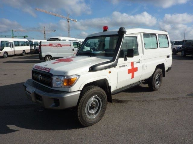 Export TOYOTA Land Cruiser 4x4 VDJ 78 4.5L TD 4.2L   HZJ 78 Ambulance