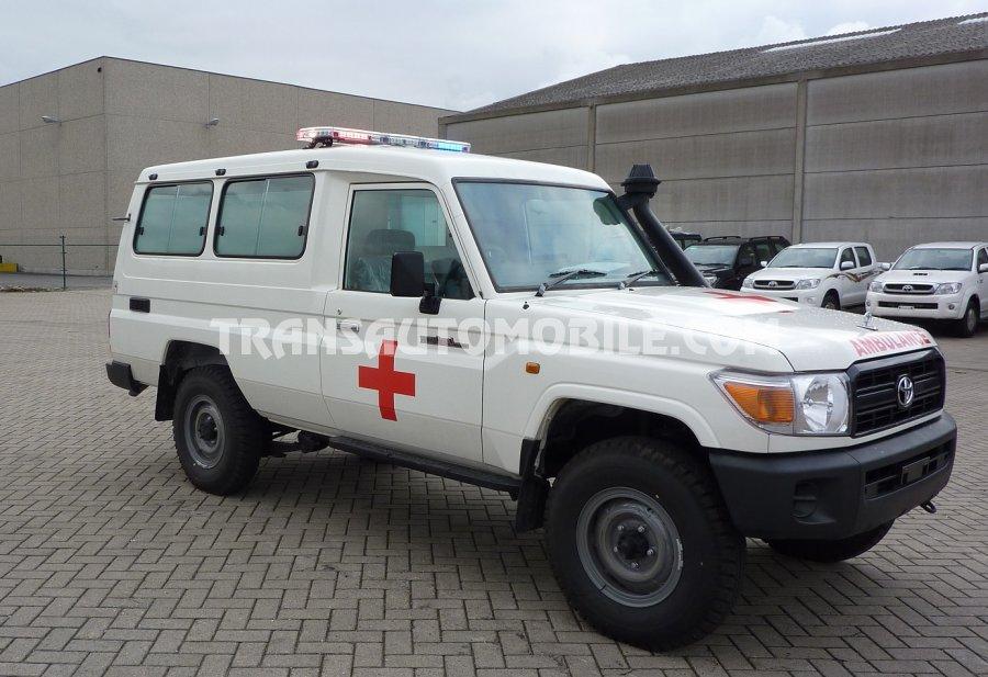 f773ed0f04 Price Ambulances Toyota Land Cruiser Vdj 78 4.5l Td Diesel - Toyota Africa  Export - 1959