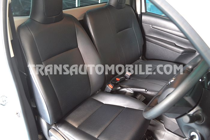 prix toyota hilux revo pickup single cab essence vvt i toyota afrique export 1999. Black Bedroom Furniture Sets. Home Design Ideas