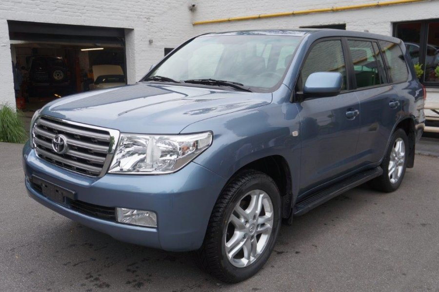 Export TOYOTA Land Cruiser  200 Station Wagon 4.7L V8 ESSENCE PREMIUM LIMITED