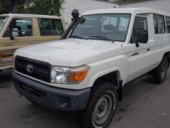 Toyota Land Cruiser 78 Metal top