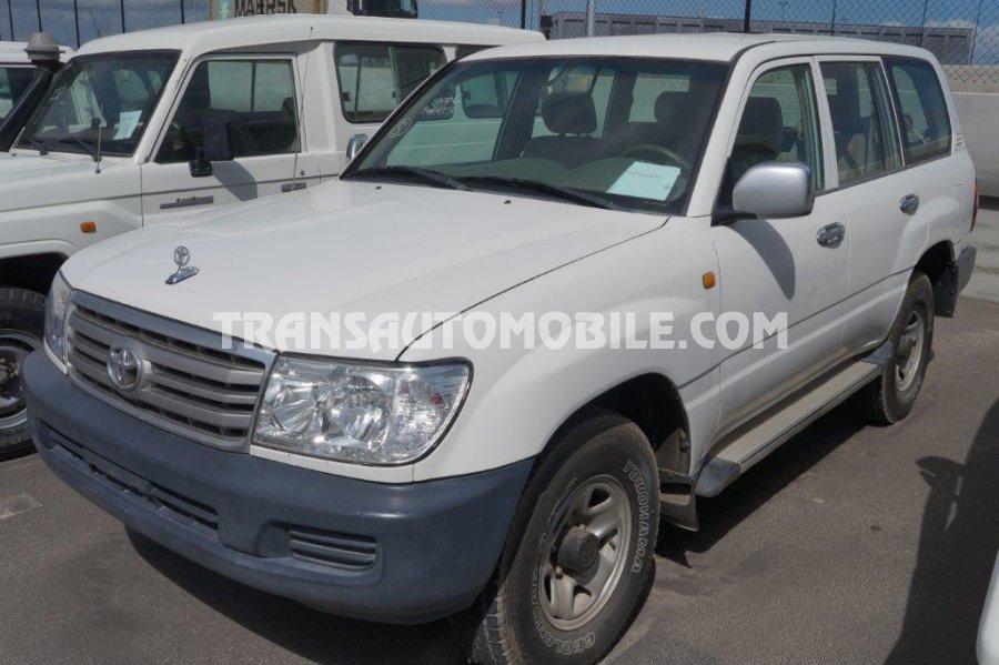 prix toyota land cruiser 105 diesel gx r 9 toyota afrique export 2031. Black Bedroom Furniture Sets. Home Design Ideas