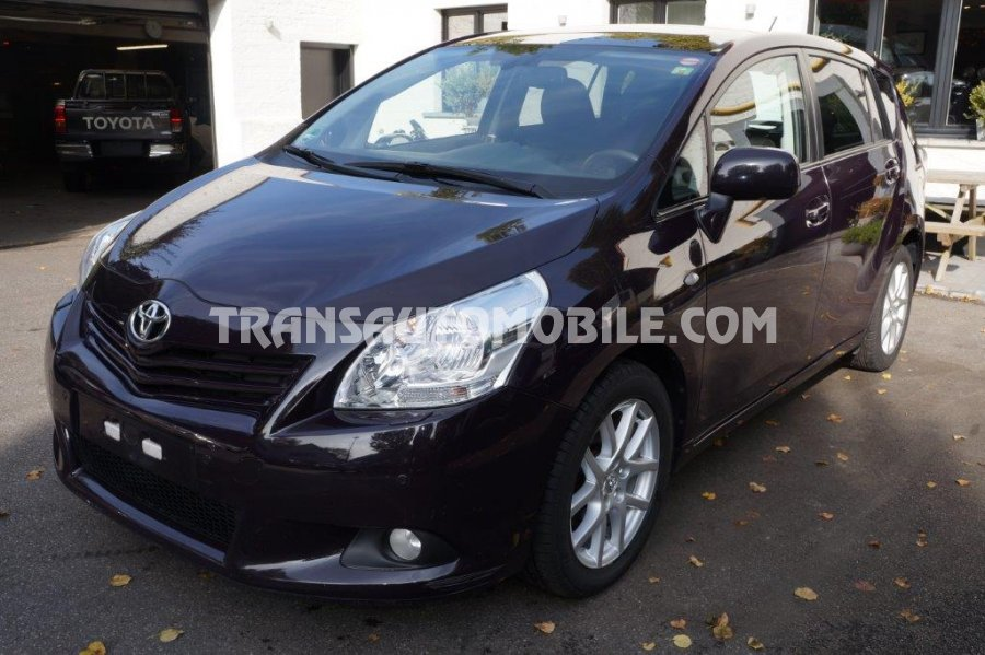 Toyota - Annonces export Toyota Verso lOUNGE 7 PLACES, neufs ou d'occasion - Export Toyota Verso lOUNGE 7 PLACES