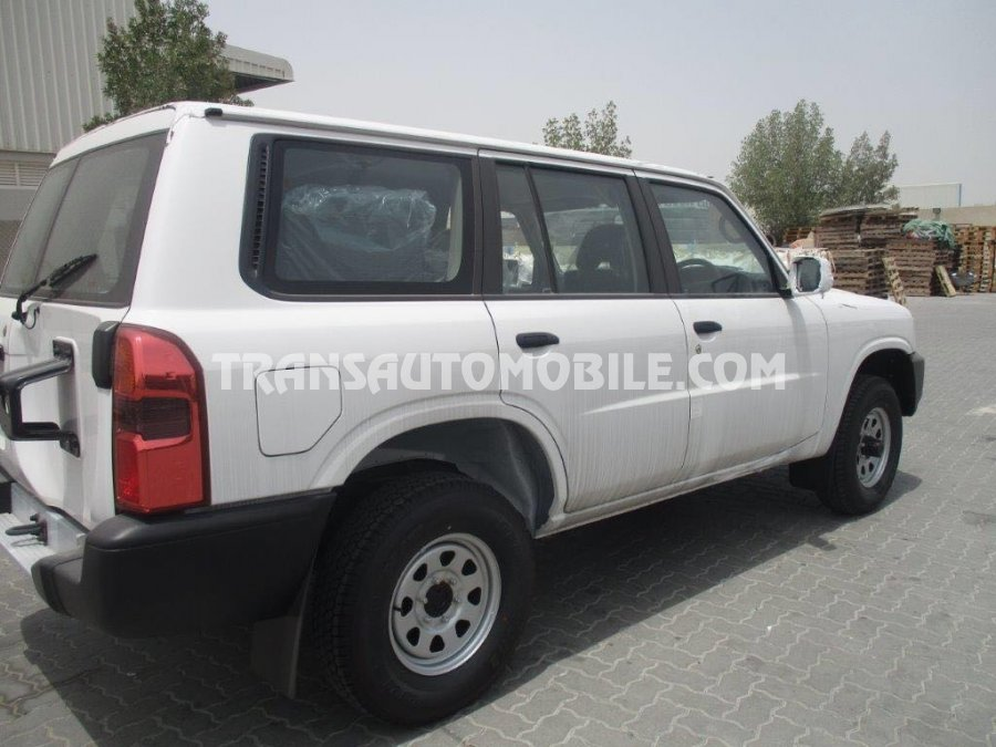 price nissan patrol gl td42 diesel nissan africa export 2055. Black Bedroom Furniture Sets. Home Design Ideas