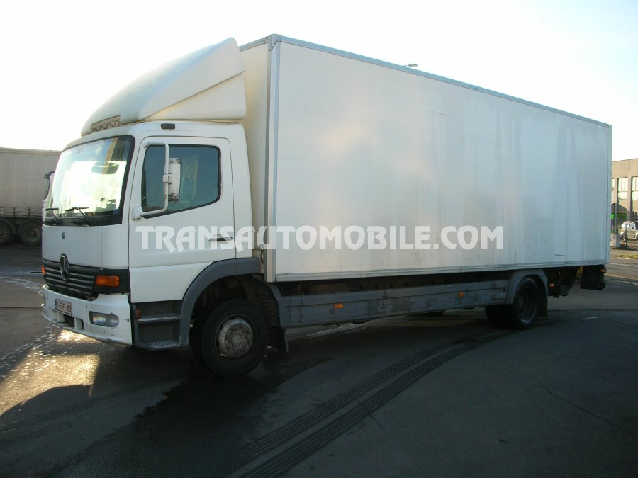 Export Fourgons Mercedes Atego, Occasion