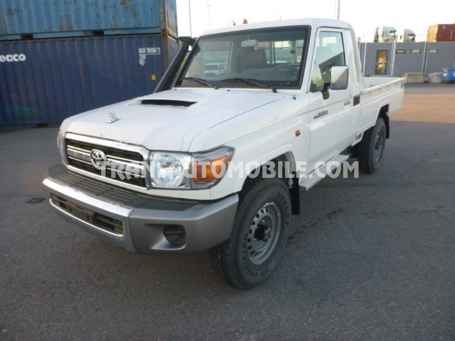Import / export Toyota Land Cruiser 79 Pick up VDJ V8 SIMPLE CABIN  4.5L TURBO DIESEL