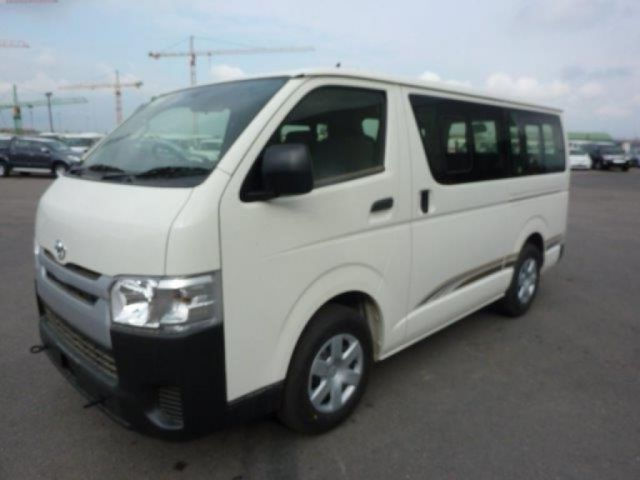 Export TOYOTA Hiace Microbús STANDARD ROOF