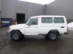 Toyota Land Cruiser 78 Metal top Turbo Diesel  - RHD