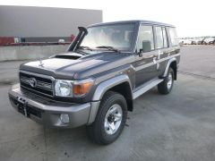 Toyota Land Cruiser 76 Station Wagon Turbodiesel