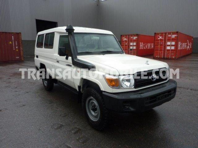 Import / export Toyota Land Cruiser 78 Metal top 4.2L   HZJ78