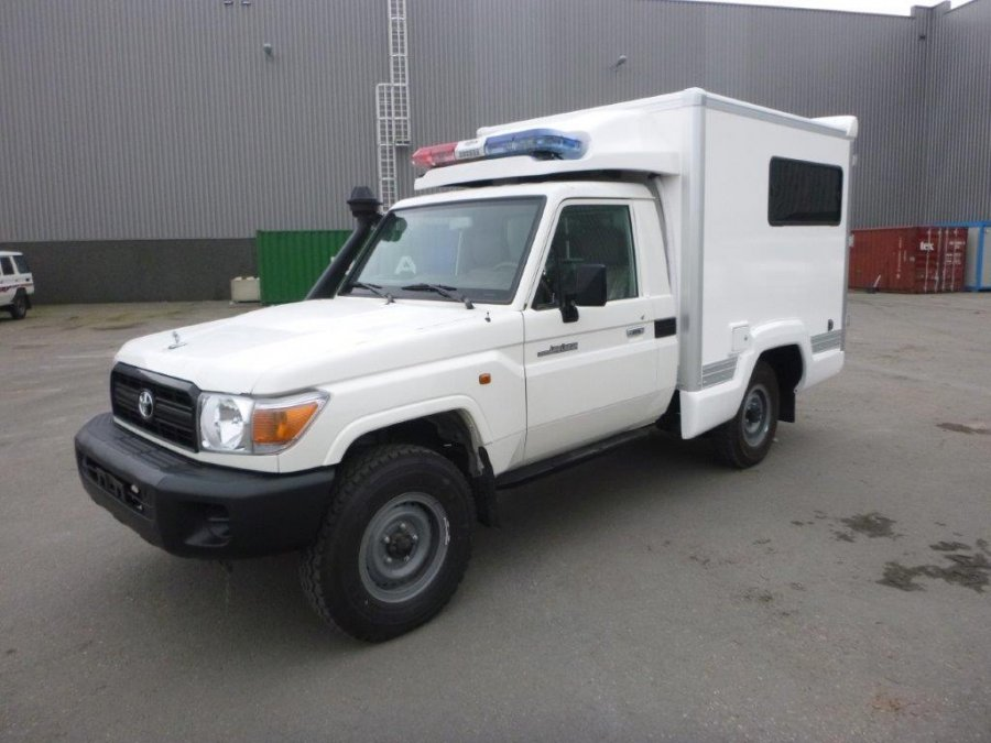 TOYOTA Land Cruiser Pick Up 4x4  79 Pick up 4.2L HZJ 79 SIMPLE CABIN    HZJ 79 SIMPLE CABIN AMBULANCE