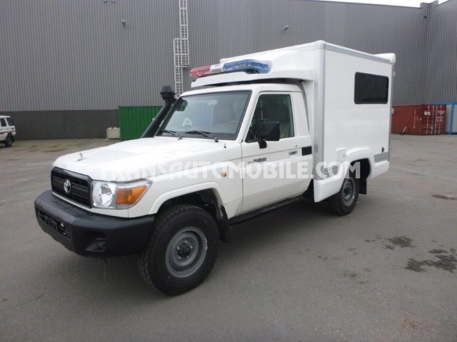 prix ambulances toyota land cruiser 79 pick up diesel hzj 79 simple cabin ambulance toyota. Black Bedroom Furniture Sets. Home Design Ideas