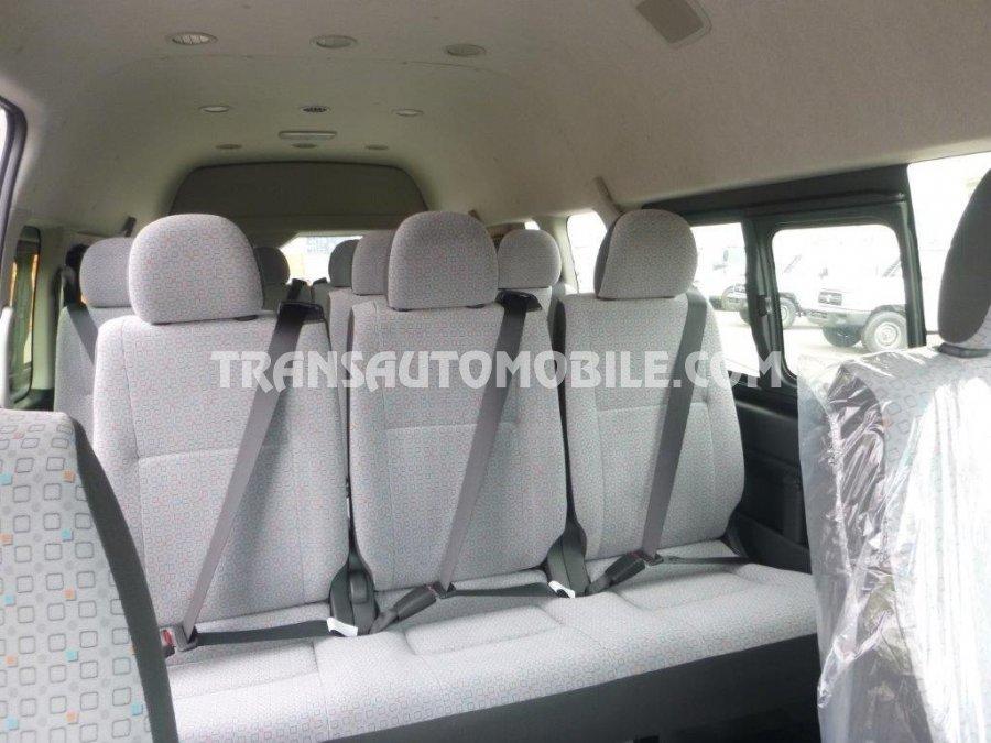Toyota Hiace HIGH ROOF / TOIT HAUT Turbo Diesel LUXURY 15 SEATS (2019)