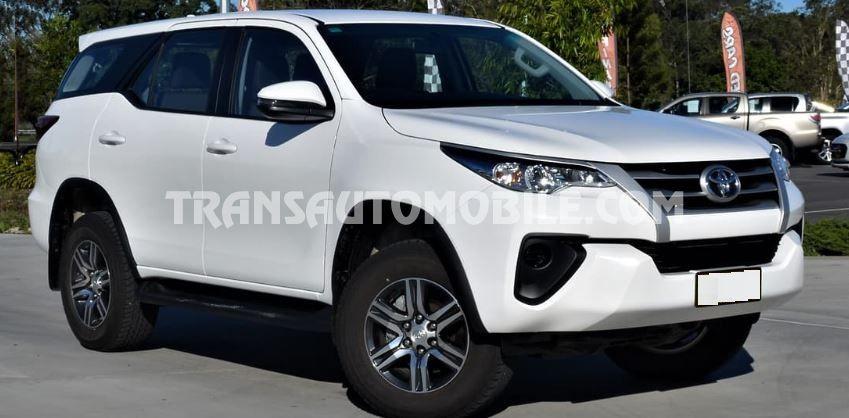 Toyota Fortuner  Gasolina   RHD