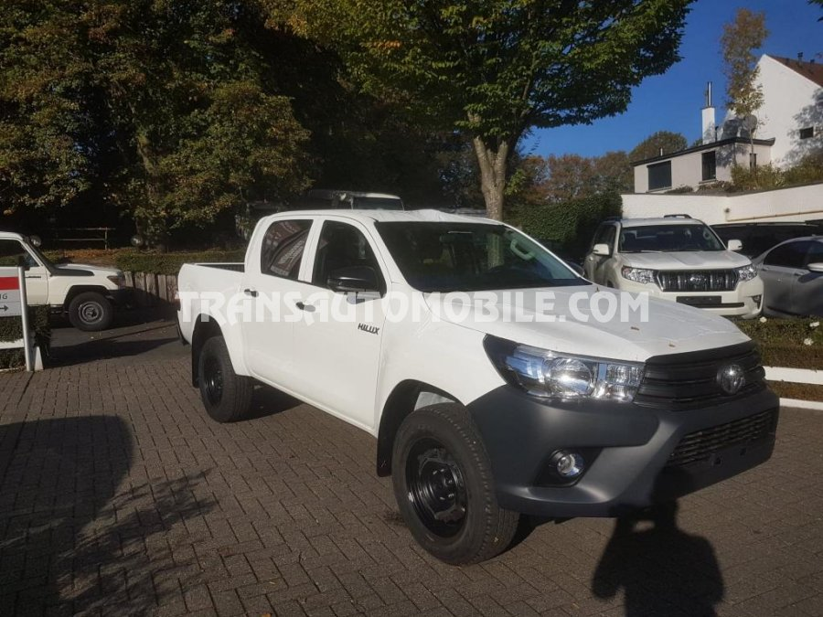 toyota hilux  revo pick up double cabin