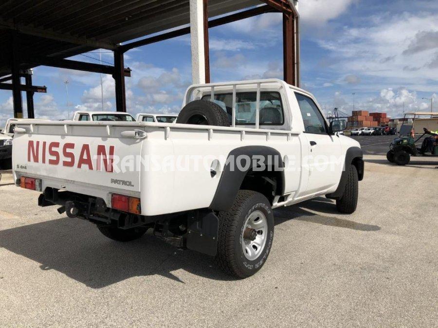 Nissan PATROL Y61 Turbo Diesel RHD