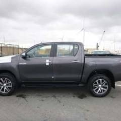 Toyota Hilux / Revo Pick up double cabin Turbo Diesel LIMITED