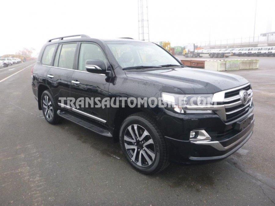 Import / export Toyota Land Cruiser 200 V8 Station Wagon VX8 EXECUTIVE LOUNGE 4.5L TURBO DIESEL AUTOMATIQUE 2019