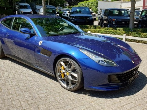 Export Ferrari - Exportanzeigen Ferrari GTC4 Lusso T , Neu- oder Gebrauchtwagen -  Export Ferrari GTC4 Lusso T