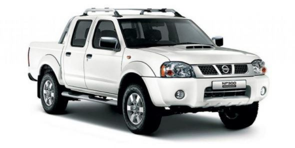 NISSAN NP300 HARDBODY Pick Up 4x4  DOUBLE CABINE 2.5L TURBO DIESEL  SAFETY Luxe
