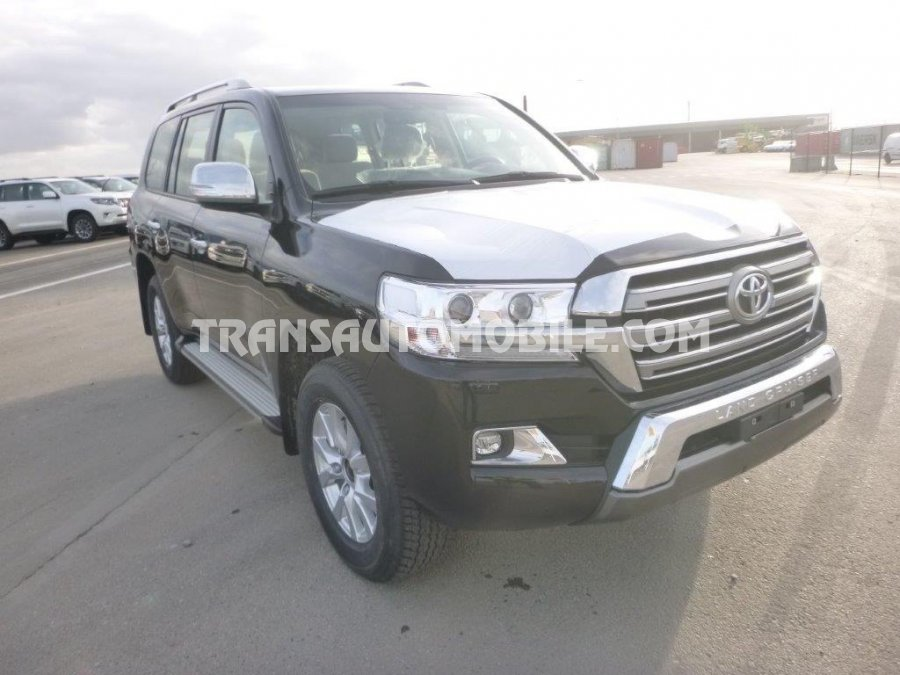 Import / export Toyota  Land Cruiser 200 V8 Station Wagon GX8  4.5L Turbo Diesel Automatique 2019